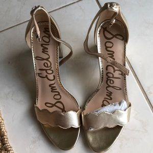 Brand new Sam Edelman gold heels